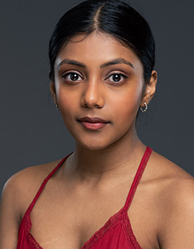 charithra-chandran-profile-3.jpg