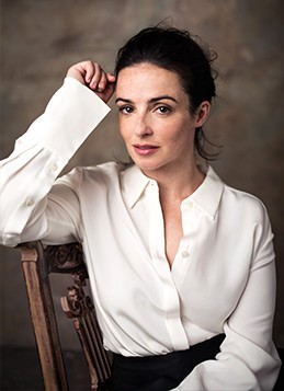 laura-donnelly-profile-2.jpg