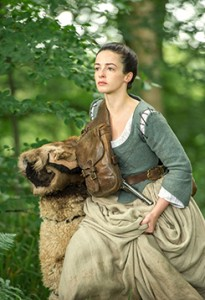 laura-donnelly-profile-6.jpg