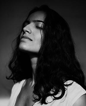 tara-divina-profile-05.jpg